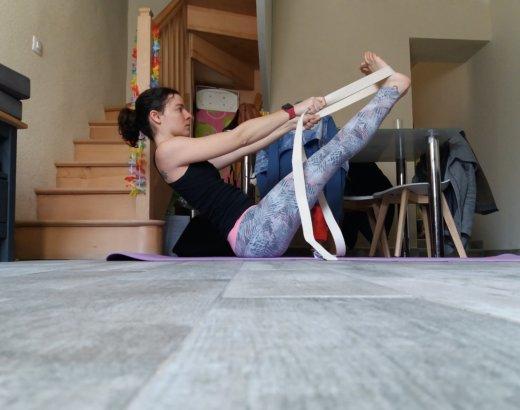 Comment utiliser des blocs ou sangle au yoga ?