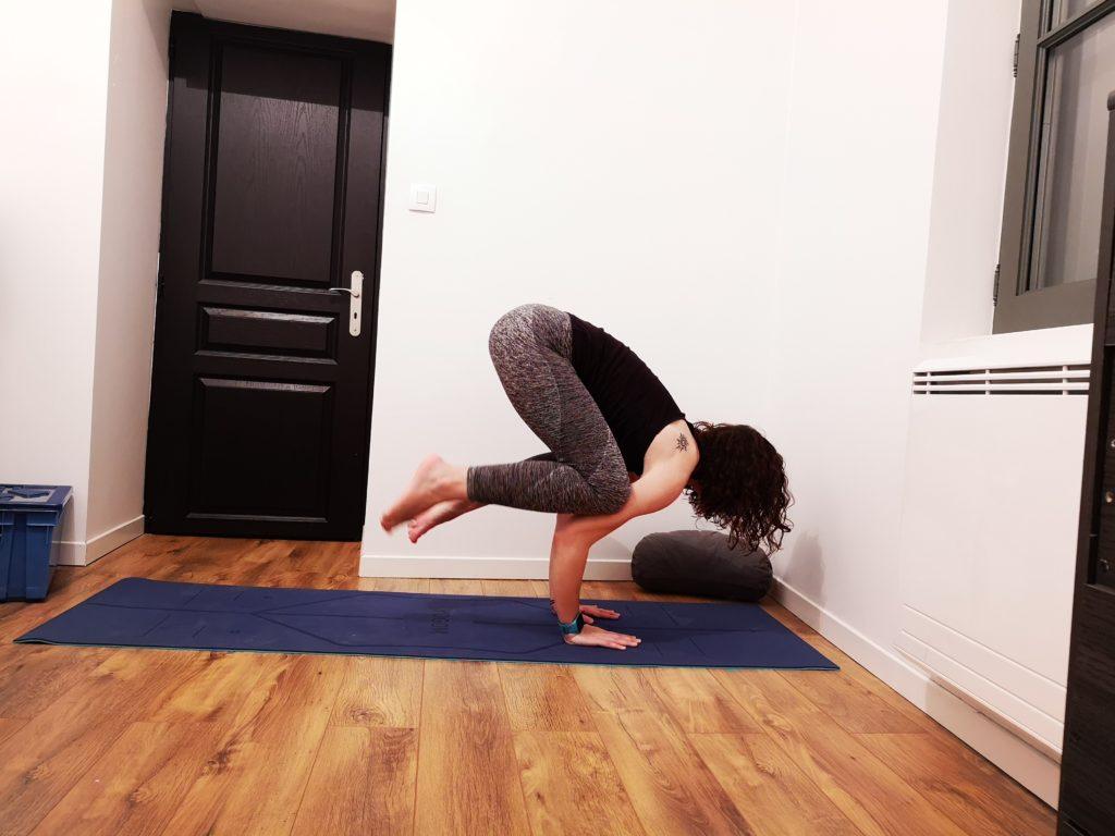 posture du corbeau bakasana yoga
