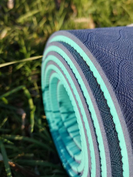 Tapis de yoga YOGOM, texture du tapis