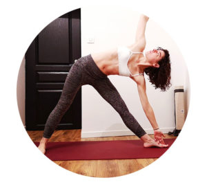 yoga triangle trikonasana