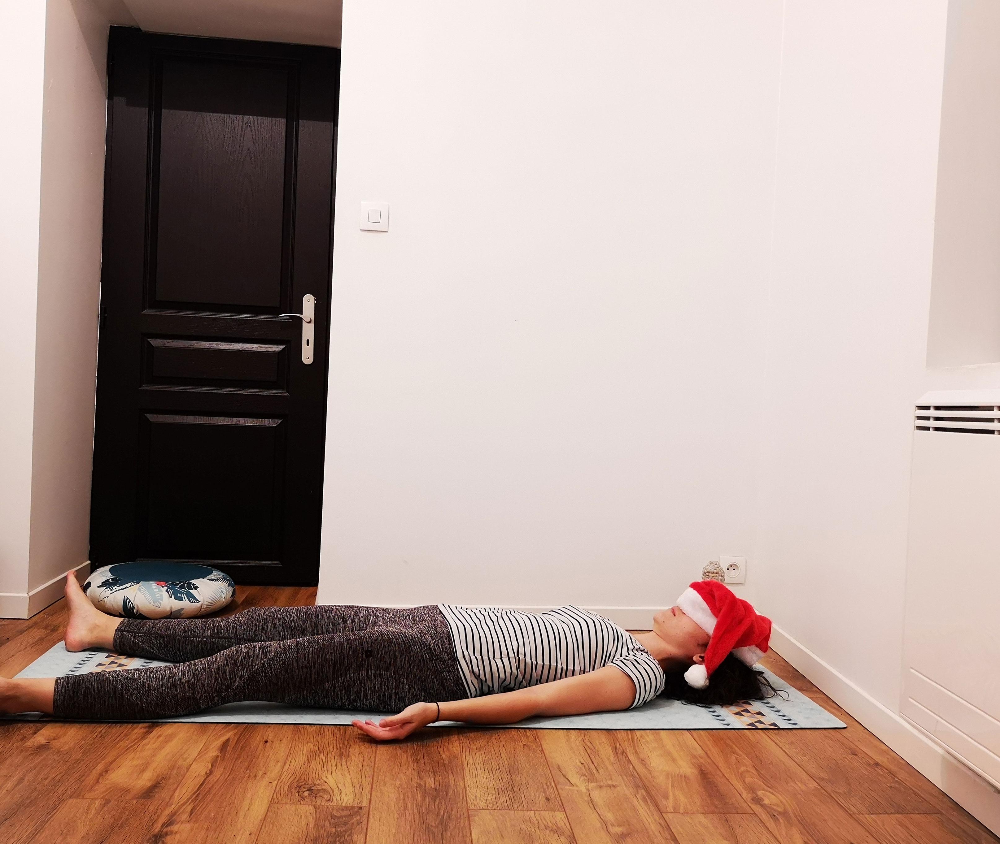Posture de savasana yoga