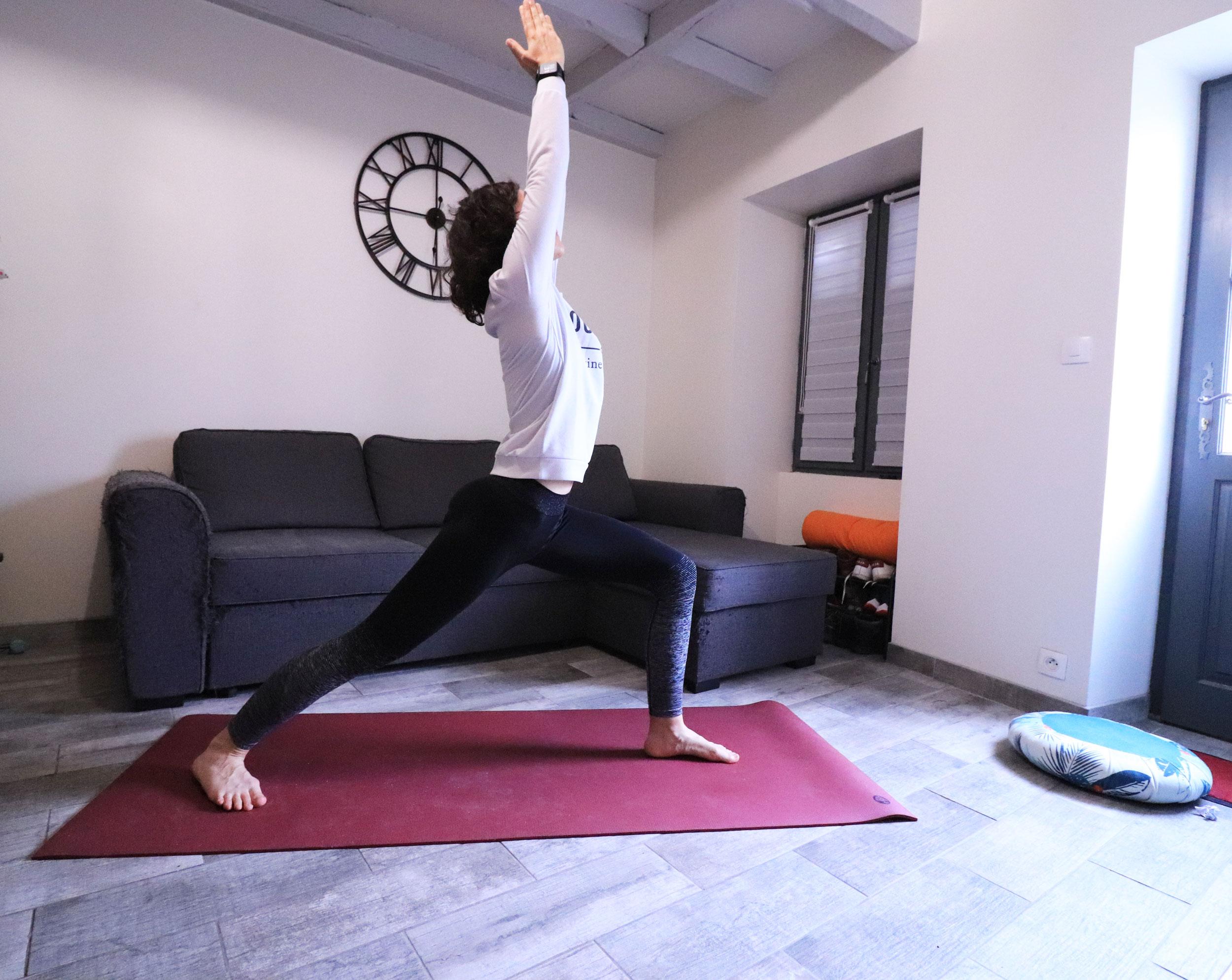 posture du guerrier I au yoga