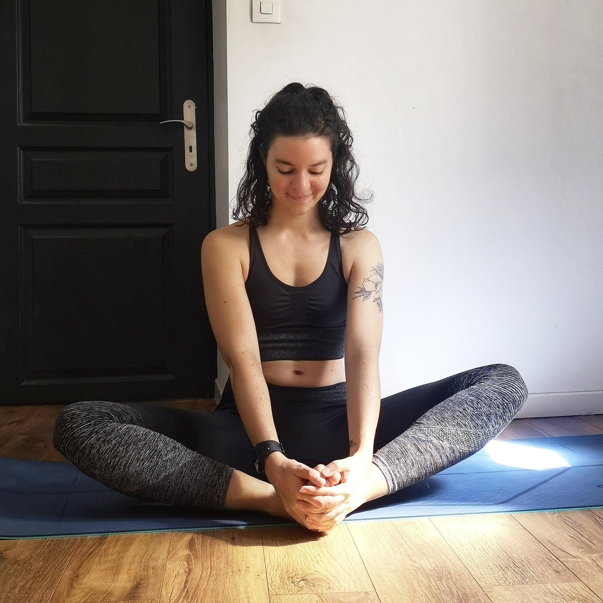 posture du papillon yoga