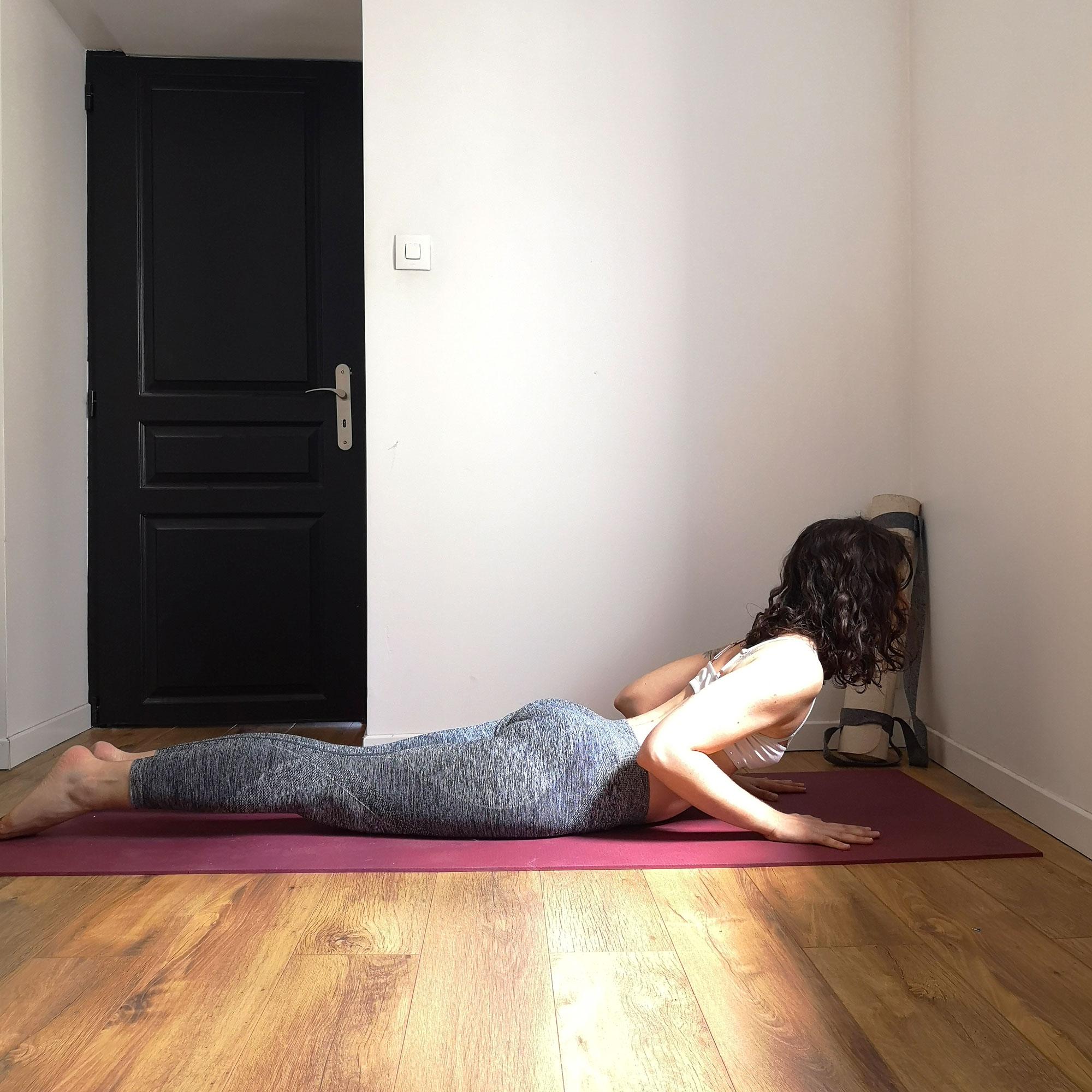 posture du cobra yoga