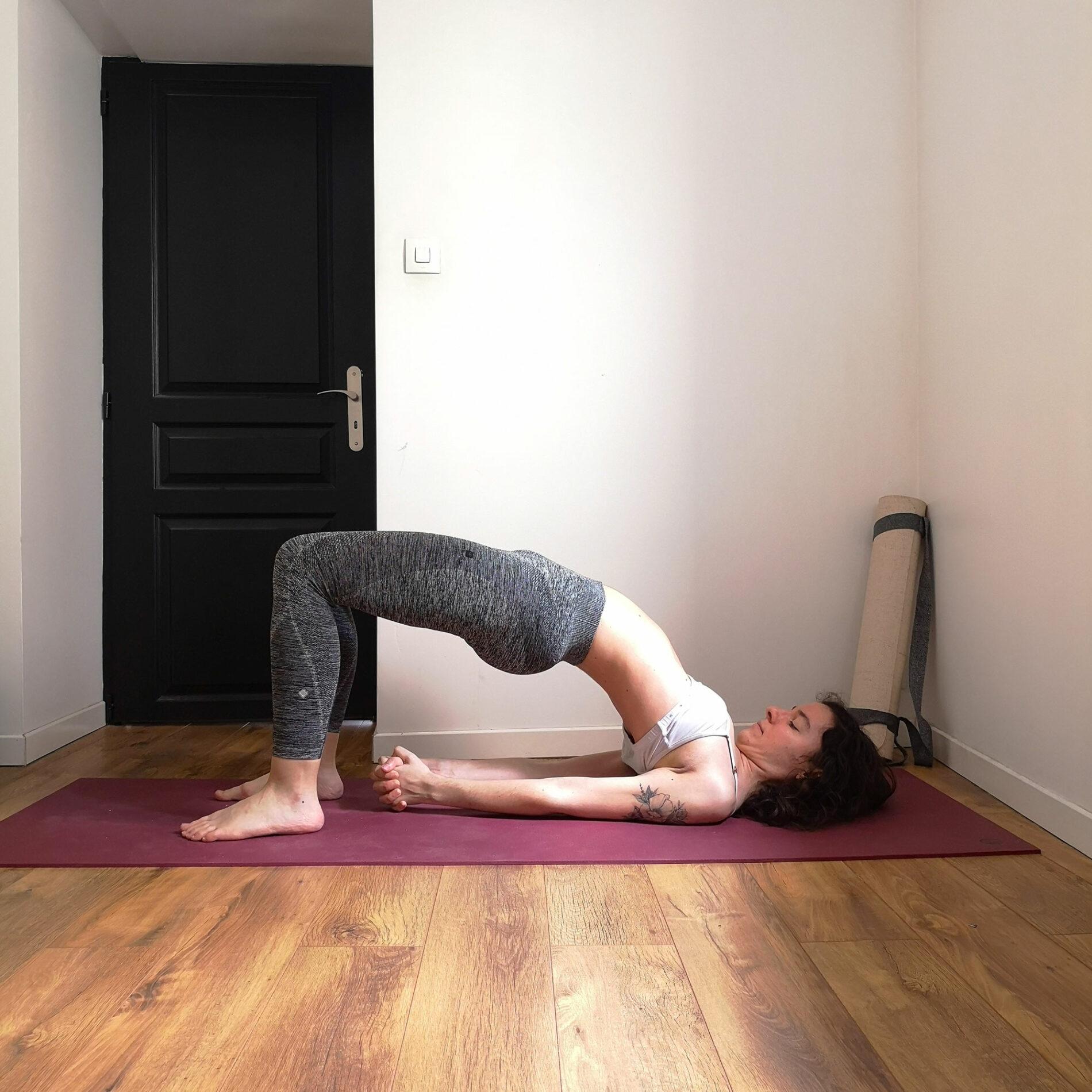 posture demi pont yoga