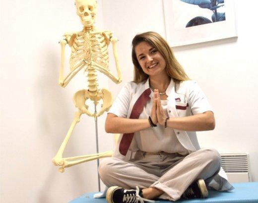 Lien entre yoga et ostéopathie [vu par une ostéo]