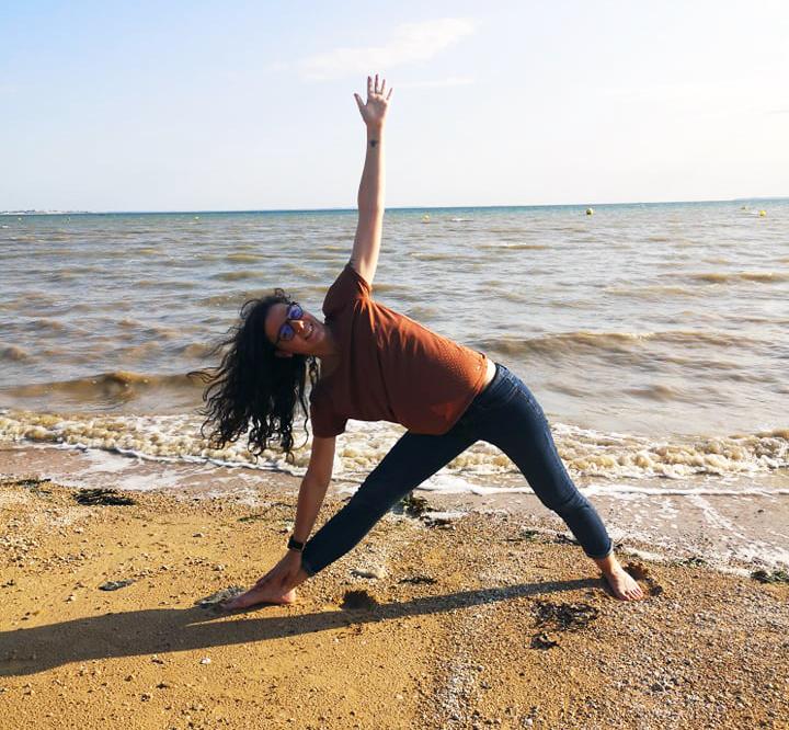 posture du triangle yoga